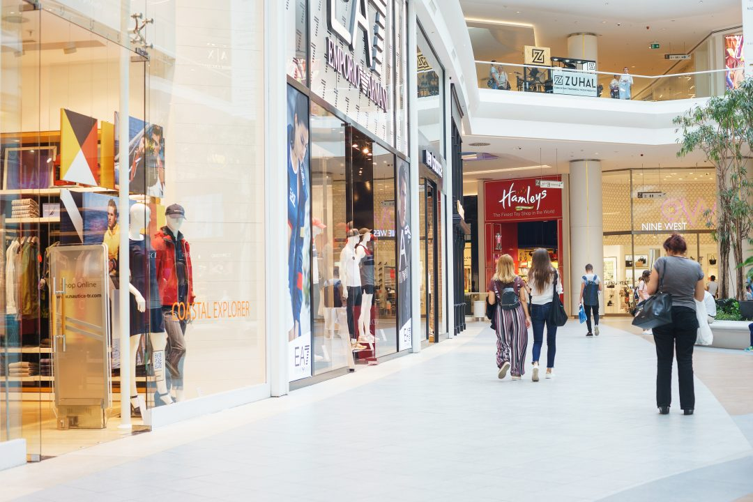 shopping-mall-shoppers-shops-image